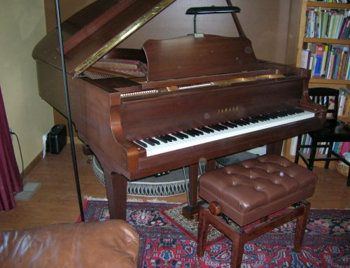 1989 Yamaha C-3 6'1″ walnut grand piano