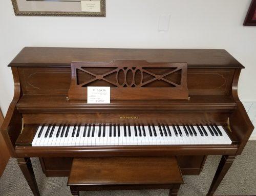 1989 Samick SU-143″ 44″ walnut console piano – $1595